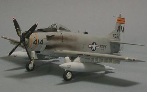 1/72 A-1H Skyraider (Hasegawa)